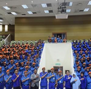 Majlis Pemakaian Pangkat Siswa Siswi Pertahanan Awam 2016