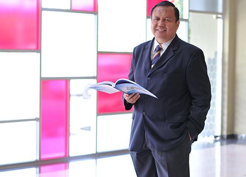 Prof. Dr. Ruzairi Abdul Rahim