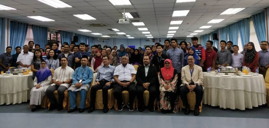 115 Pelajar Uthm Terima Dermasiswa My Brighter Future Berita Uthm
